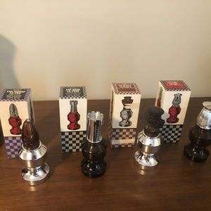 2 Avon Vintage Chess Pieces The King The Queen